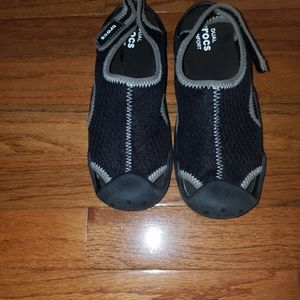 New Swiftwater Crocs Boys Size 3 Water Shoes
